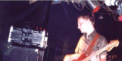 bassistgulliftys3.jpg